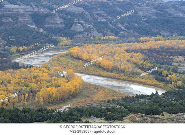 Little Missouri River from Sperati Point, Theodore Roosevelt National Park-North Unit, North Dakota