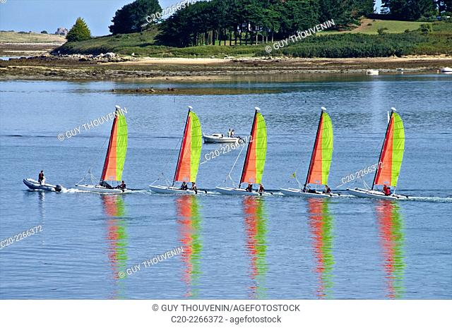 Sail boats, sailing school, Aber'Wrach, Abers region, Brittany, Finistere 29, France
