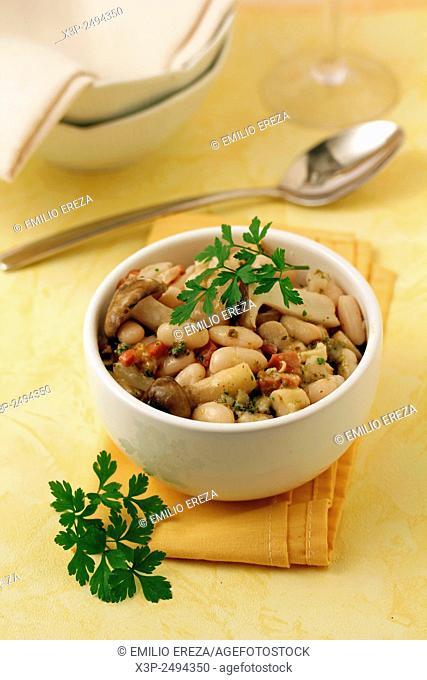 White beans with wild mushrooms