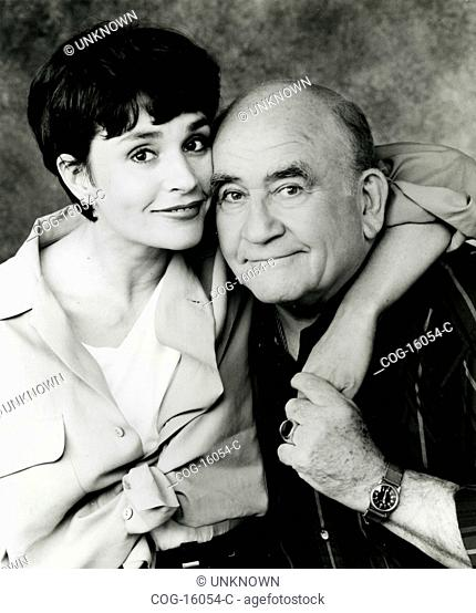Diane Venora and Edward Asner in the television series Thundey Alley, USA 1994