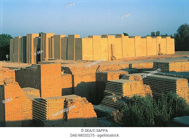 Iraq - Babylon - Surroundings of the Ishtar Gate (Bab Ishtar)