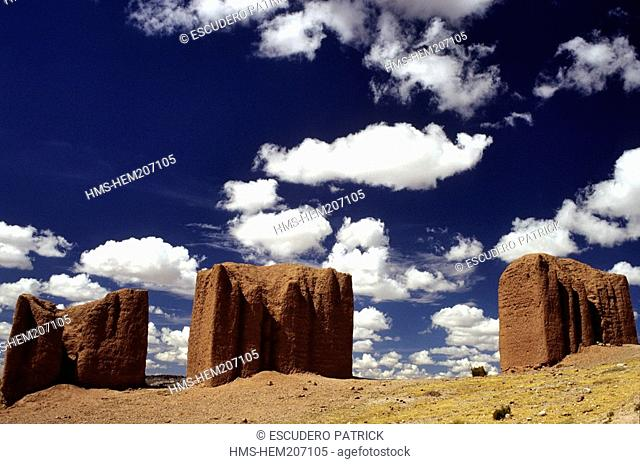 Bolivia, Oruro department, Carangas province, Patacamaya, Prehispanic funeral towers, Chullpa