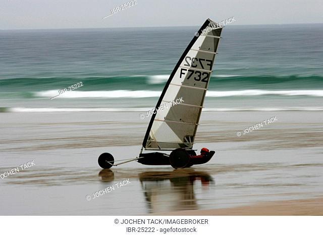FRA, France, Normandy: La Hague Peninsula, sand yacht. Dune buggy
