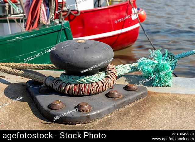 Germany, Lower Saxony, East Frisia, Greetsiel, impressions in the harbor
