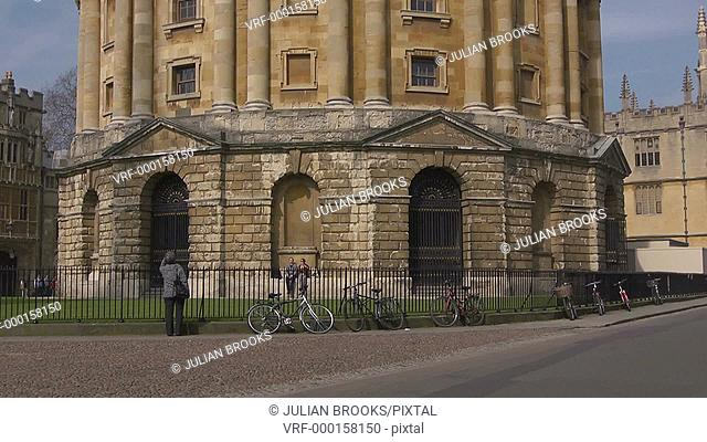 The Radcliffe Camera, Oxford with tilt up. 2