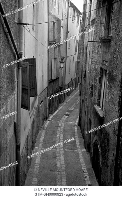 Narrow street in the old city of Perigueux, France