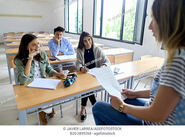 Teacher with students. Classroom. College. School of Business Studies. University. Donostia. San Sebastian. Gipuzkoa. Basque Country. Spain