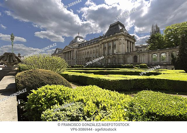 Views of the royal palace with its gardens in the capital of Belgium. Horizontal take of day