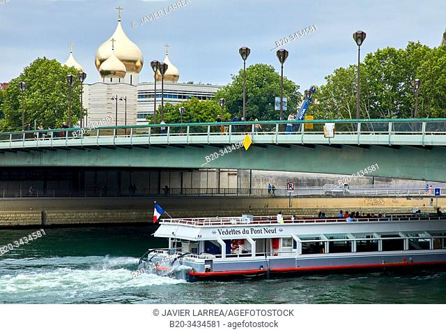Holy Trinity Cathedral and the Russian Orthodox Spiritual and Cultural Center, Pont de l'Alma, River Seine, Paris, France