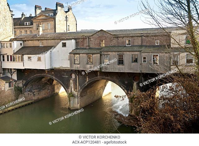Pulteney Bridge and river Avon embankment in the city of Bath