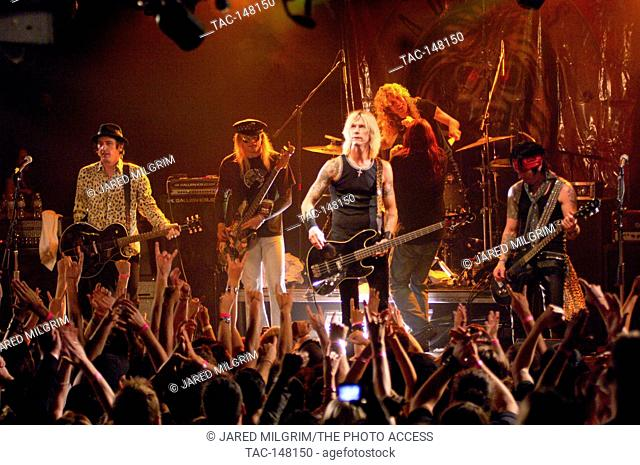 Izzy Stradon, Chip Z'Nuff, Duff McKagan, Colby Veil, Steven Adler, Michael Thomas onstage at the 20 year anniversary of Guns N' Roses 'Appetite for Destruction'...
