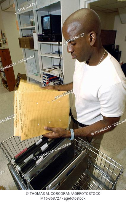 Mailroom internal delivery