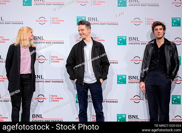 """Katell Quillevéré, Hélier Cisterne, Vincent Lacoste attend the photocall of the movie """"""""De Nos Freres Blesses"""""""" during the 15th Rome Film Festival on October 21"""