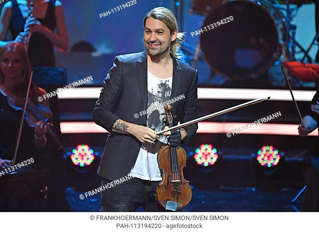 David GARRETT (star viola), single image, single motif, half figure, half figure. The most beautiful Weihaftertshits with Carmen fog, ZDF benefit gala on 05