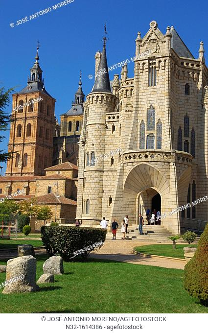 Episcopal Palace designed by Gaudi now Museo de los Caminos dedicated to the Way of Santiago, Astorga, Silver Route, Leon province, Castilla y Leon, Spain
