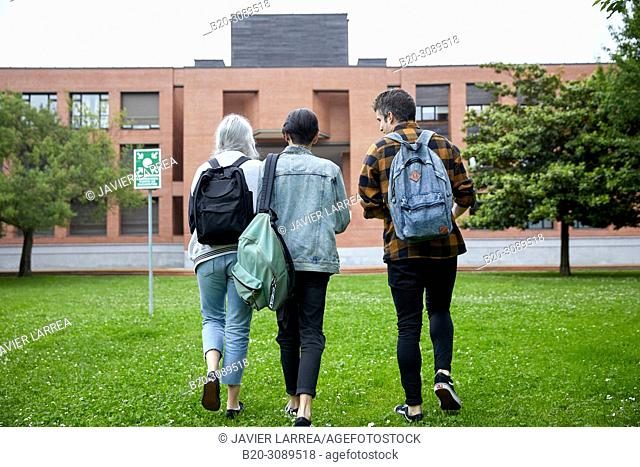 Students walking on campus, College, School of Business Studies, University, Donostia, San Sebastian, Gipuzkoa, Basque Country, Spain, Europe