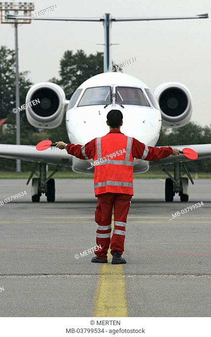 Airport, runway, airplane, pilot,  view from behind  Series, occupation, airport personnel, ground personnel, air traffic controller, whole bodies, arrival