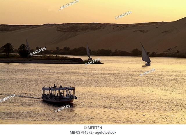 Egypt, Assuan, river Nile, sailboats,  Trip boat, evening mood,  Africa, head Egypt, destination, vacation country, boats, ships, sail ships, Feluken, tourism