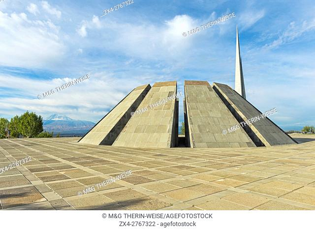 Armenian genocide memorial Tsitsernakaberd, Yerevan, Armenia, Caucasus, Middle East, Asia