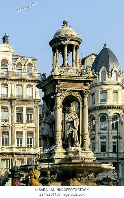 Statue of the Jacobins in old Town UNESCO World Heritage Site, Lyon, France, Europe