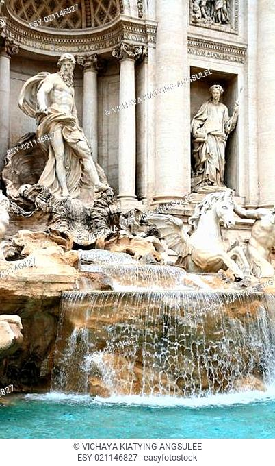 trevi fountain (Fontana