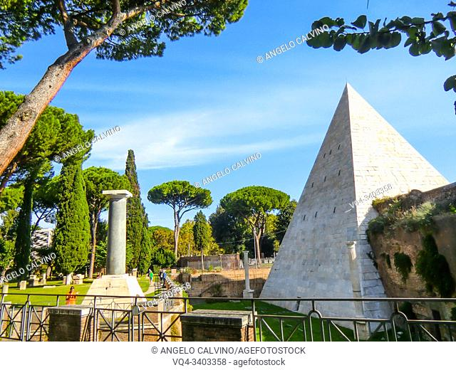 Tombs in the famous Non-Catholic Cemetery, Piramide Cestia Area, Rome, Lazio, Italy. This is the final resting-place of poets, painters, sculptors and authors