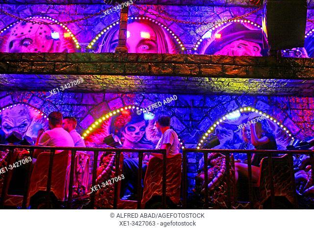 Funfair at night, La Barceloneta neighborhood, Barcelona, ??Catalonia, Spain