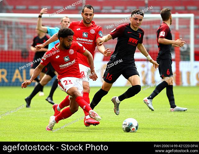 14 June 2020, Rhineland-Palatinate, Mainz: Football: Bundesliga, FSV Mainz 05 - FC Augsburg, 31st matchday in the Opel Arena