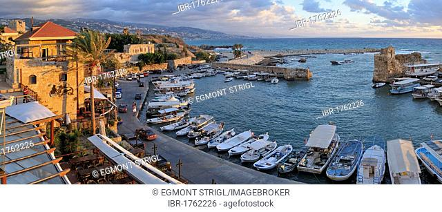 Fishing boats in the historic harbour of Byblos, Unesco World Heritage Site, Jbail, Jbeil, Lebanon, Middle East, West Asia