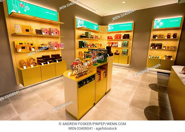 Luxury Belgian Chocolatier 'Godiva' opens it's first boutique store outside of London at Westgate, Oxford Featuring: Atmosphere Where: Oxford