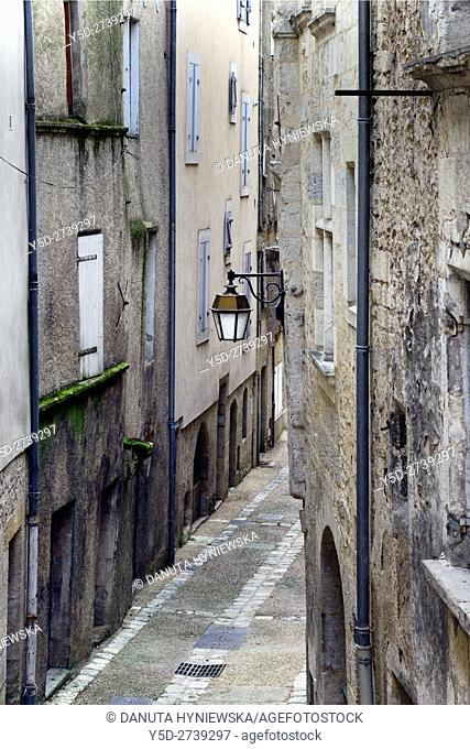 Rue Sainte-Marthe, old town of Périgueux, World Heritage Sites of the Routes of Santiago de Compostela in France, Dordogne, Aquitaine, France, Europe