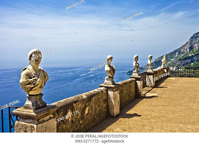 The belvedere, the so-called Terrazzo dell'lnfinito, Villa Cimbrone, Ravello, Amalfi coast, Campania, Italy, Europe