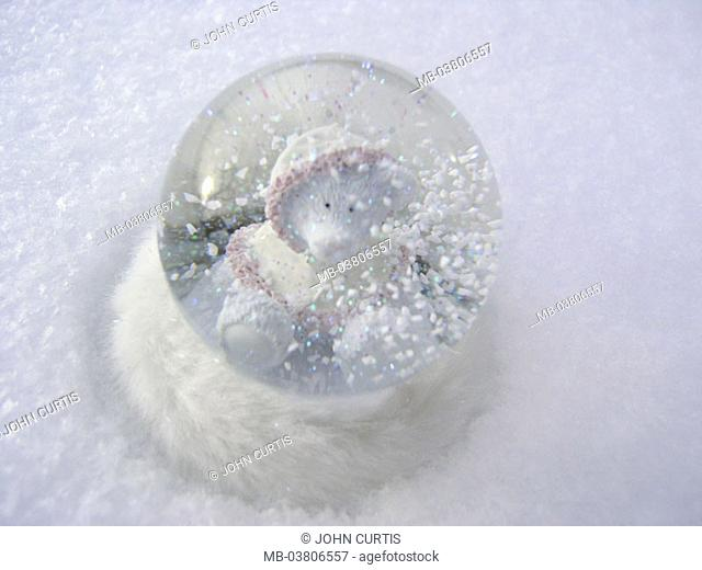 Snow ball, bear,   Toy, glass ball, symbol, season, winters, wintry, cold, snow, snowfall, kitsch, Nippes, decoration, innocently, cutely, fact reception