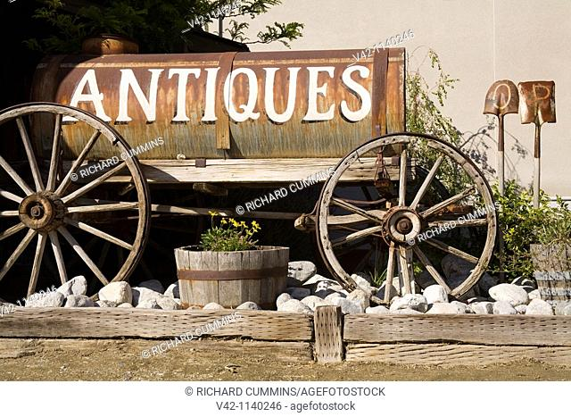 Antique store in Old Town Temecula