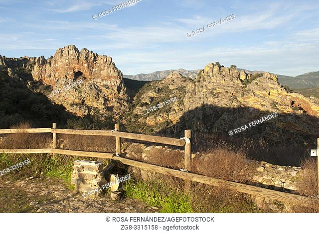 Peña Amarilla viewpoint, Guadalupe, Villuercas Range, province of Caceres, Extremadura, Spain