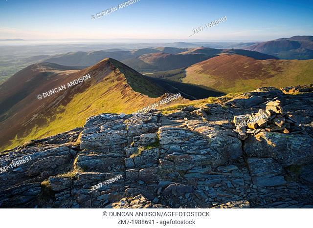 Looking towards Ladyside Pike from the summit of Hopegill Head at sunset in the Lake District