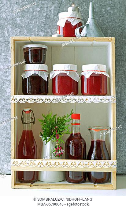 Juices and jams, homemade presents