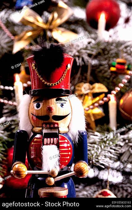 nutcracker, christmas jewelry