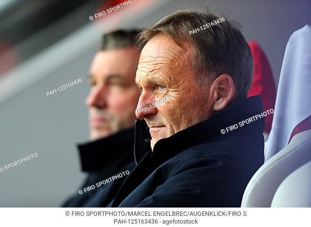 firo: 02.10.2019, Fuvuball, Champions League, season 2019/2020, 2nd group match Slavia Prague - Borussia Dortmund, businesswomen Hans-Joachim Watzke