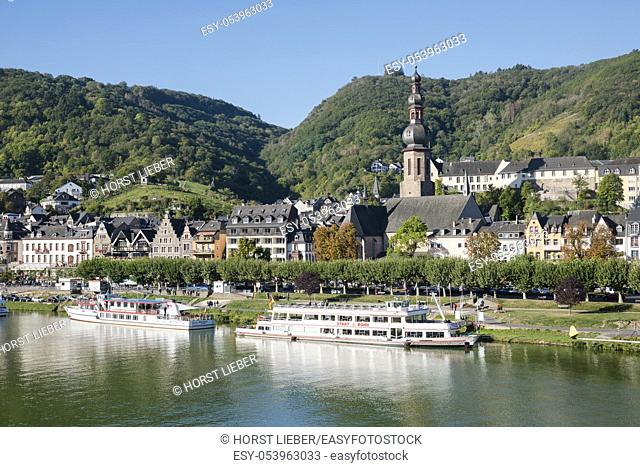 Cochem Town view with Moselle river and Catholic church of St. Martin, Moselle, Rhineland-Palatinate, Germany, Europe,