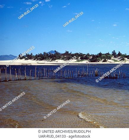 Die Landschaft der Südküste von Madagaskar, Madagaskar 1989. The landscape of the southern coast of Madagascar, Madagascar 1989