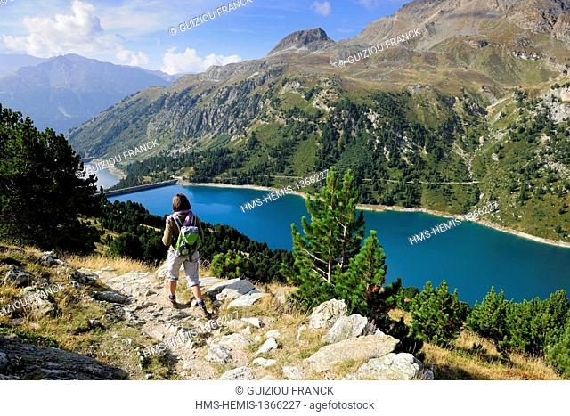 France, Savoie, Haute Maurienne valley, Aussois, the dam lakes of Plan d'Amont and Plan d'Aval