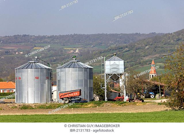 Farm, agricultural landscape of the Lembronnais and Antoing village, France, Auvergne, Europe
