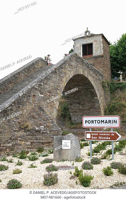 Escaleras de Portomarín, Camino de Santiago,Lugo, Galicia, SpainArriving to Portomarin