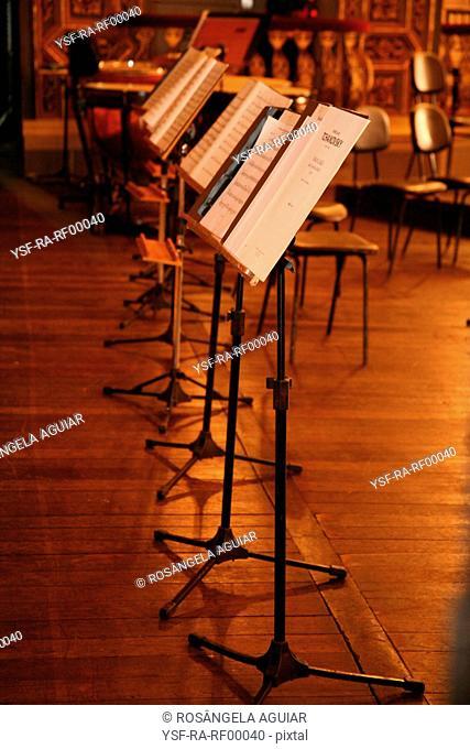 Score, paper, music, Belém, Pará, Brazil