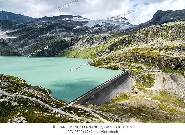 Scenic view of dam in Weissee in Austrian Alps