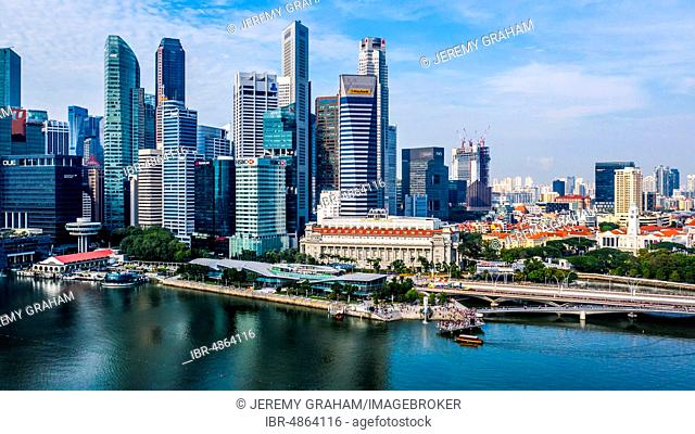 CBD Central Business District, Merlion, Fullerton Hotel, Marina Bay waterfront, Singapore