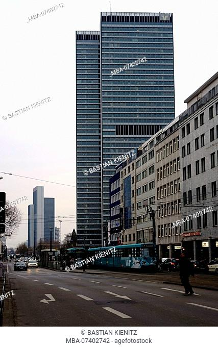 Modern skyscrapers such as the Volksbank Tower and hotels as well as infrastructure along the Mainzer road in Frankfurt