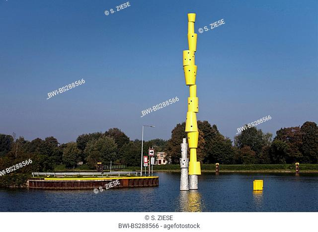 Reemrenreh sculpture in Rhine?Herne Canal, Germany, North Rhine-Westphalia, Ruhr Area, Herne