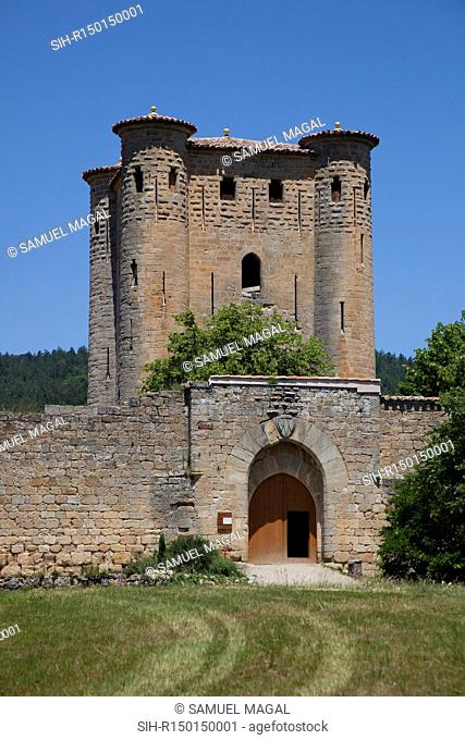 The castle was built between 1280 and 1316 by Gilles de Voisins, and his son after him, Gilles II. It is composed of a square-shaped enclosure whose...